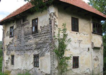 """Trei monumente de patrimoniu din Gorj, câștigătoare ale proiectului CEZ """"Cule în lumină"""""""