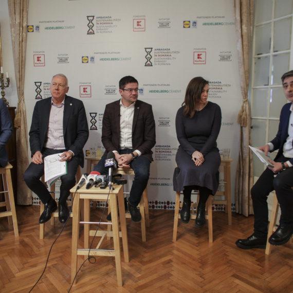 """Costel Alexe, ministrul Mediului, recunoaște că poluarea din București îmbolnăvește locuitorii. Planuri de acțiune sunt, """"dar populaţia nu mai are timp să aştepte"""""""