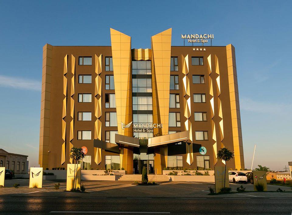 Coronavirus | Omul de afaceri Ștefan Mandachi își pune gratuit hotelul la dispoziția personalului medical aflat în carantină