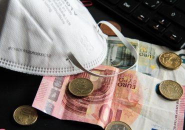 UniCredit Bank a donat 120.000 de euro pentru cumpărarea de aparate de ventilație mecanică în două spitale