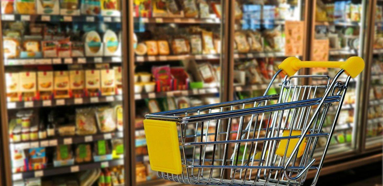 Cumpărături la ușa ta: Geeks for Democracy a lansat platforma care aduce alimente necesare la ușa persoanelor în vârstă