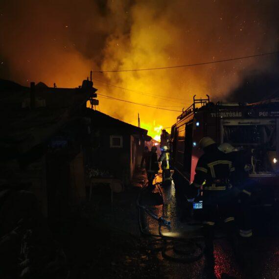 Solidaritate la Miercurea Ciuc după tragedia celor 260 de romi rămași fără case