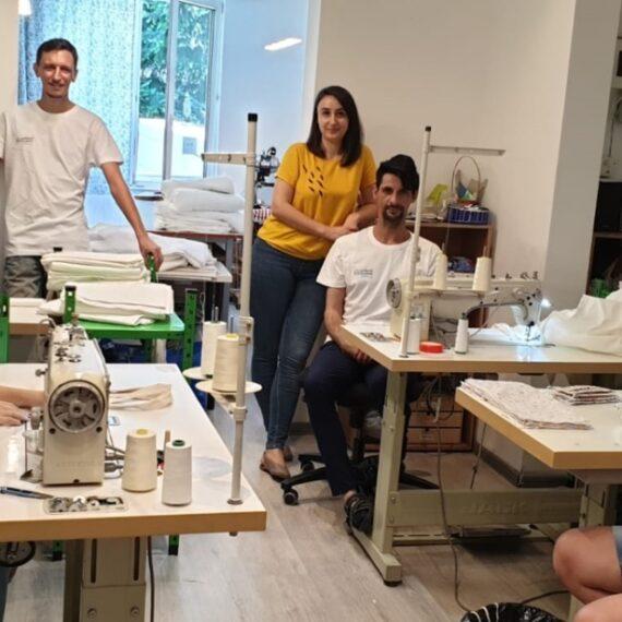 """Companiile pot cumpăra produse textile de la Atelierul de Pânză  folosind """"taxa pentru dizabilitate"""""""